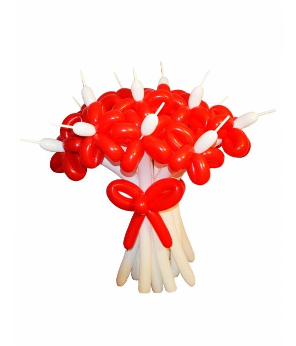 """Цветок из шариков колбасок """"Полевые"""""""