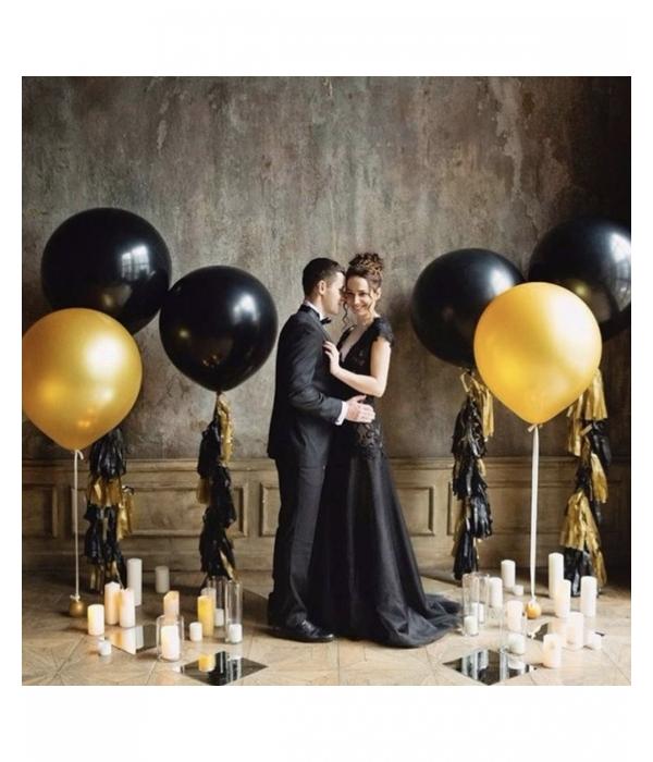 Свадебное украшение шарами